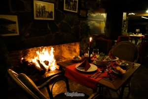 şömine-başı-akşam-yemeği